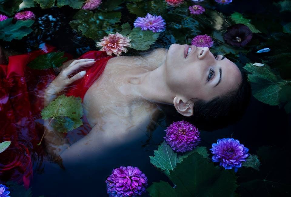 """Fantasy in Bloom"" Photographer: Viktoria Andreeva"